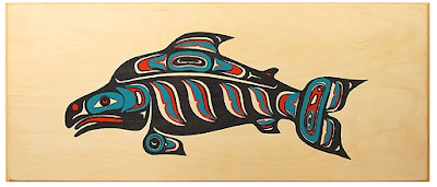3-colored fish on wood box