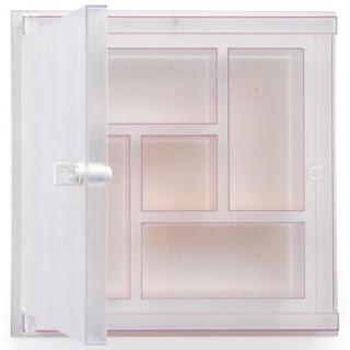 Salute medicine cabinet - plastic