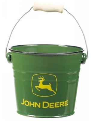 John Deere bucket