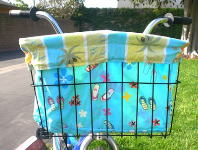 bicycle basket with liner in beach design