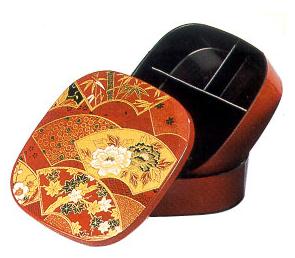 lacquerware bento box
