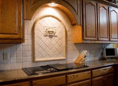 Honours properties 7 kitchen back splash ideas for Kitchen backsplash medallion