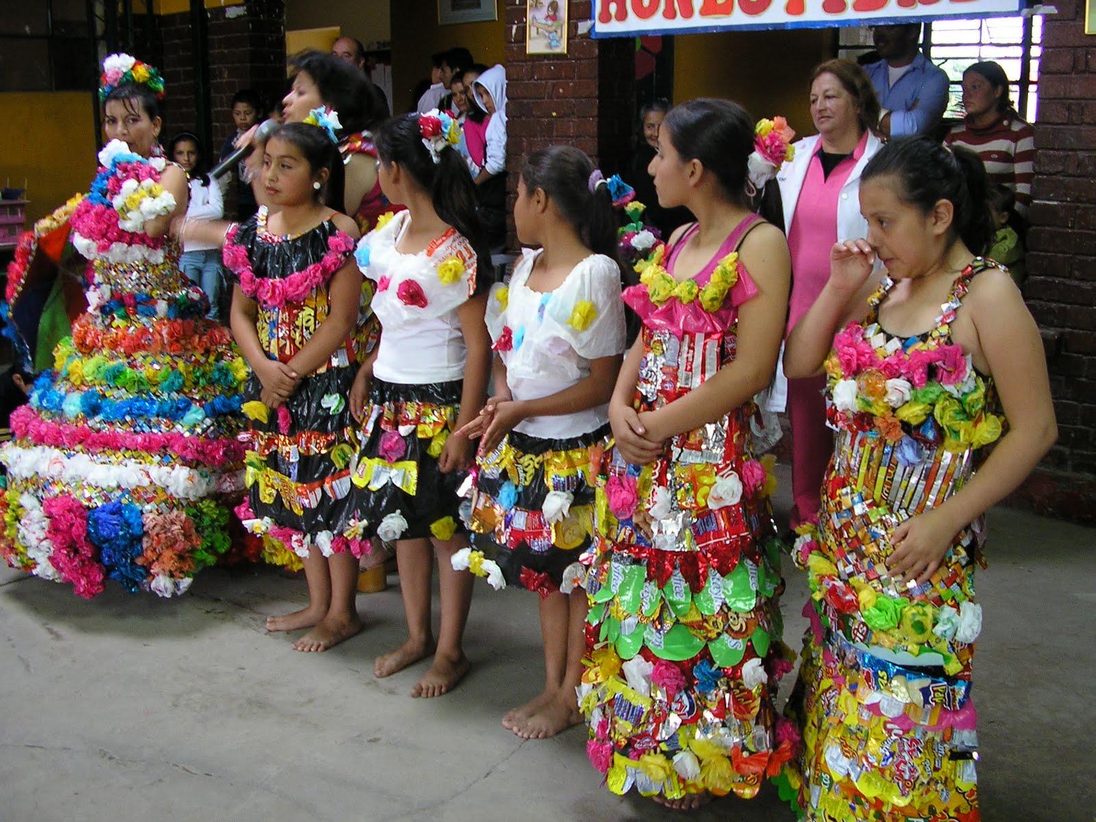 Diseos De Vestidos De Reciclaje | MEJOR CONJUNTO DE FRASES