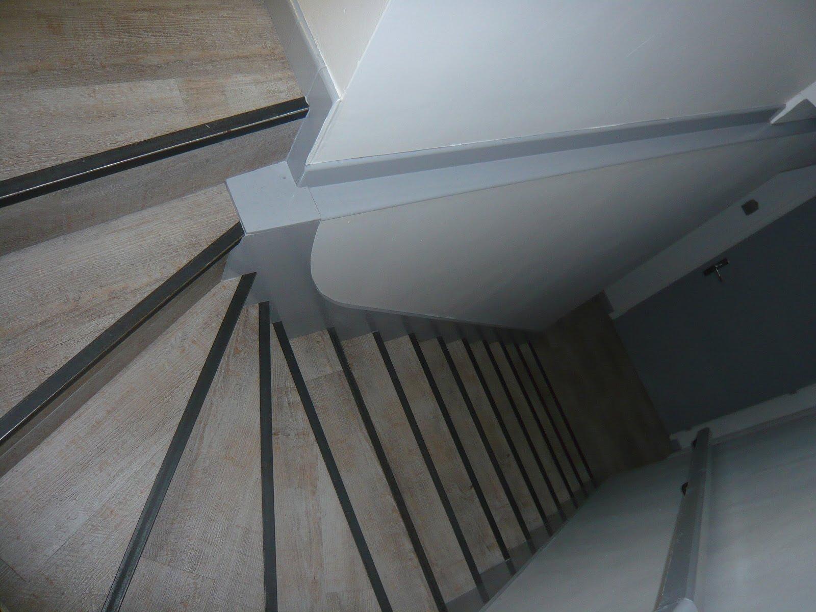 Plinthe carrelage escalier perfect comment choisir son for Brosse electrique pour carrelage
