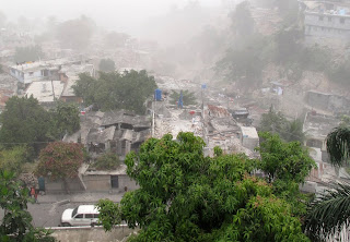 Foto Gempa Haiti3