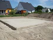 Erdarbeiten für die Bodenplatte