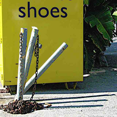 Crooked Posts in front of Shoes Pasadena CA (c) David Ocker
