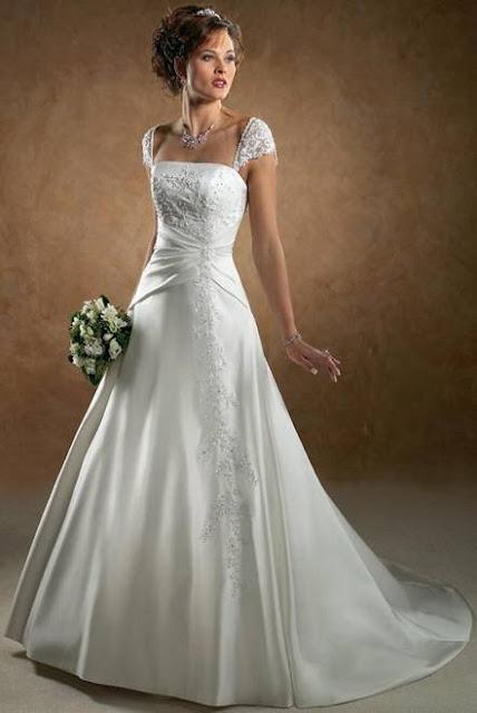 Origin of white wedding dress