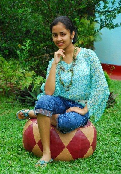 http://4.bp.blogspot.com/_tlxLKFZiFB8/TKC81hdcqnI/AAAAAAAAB8E/9Ig_eejRyzY/s1600/pramudi+karunarathne7.jpg
