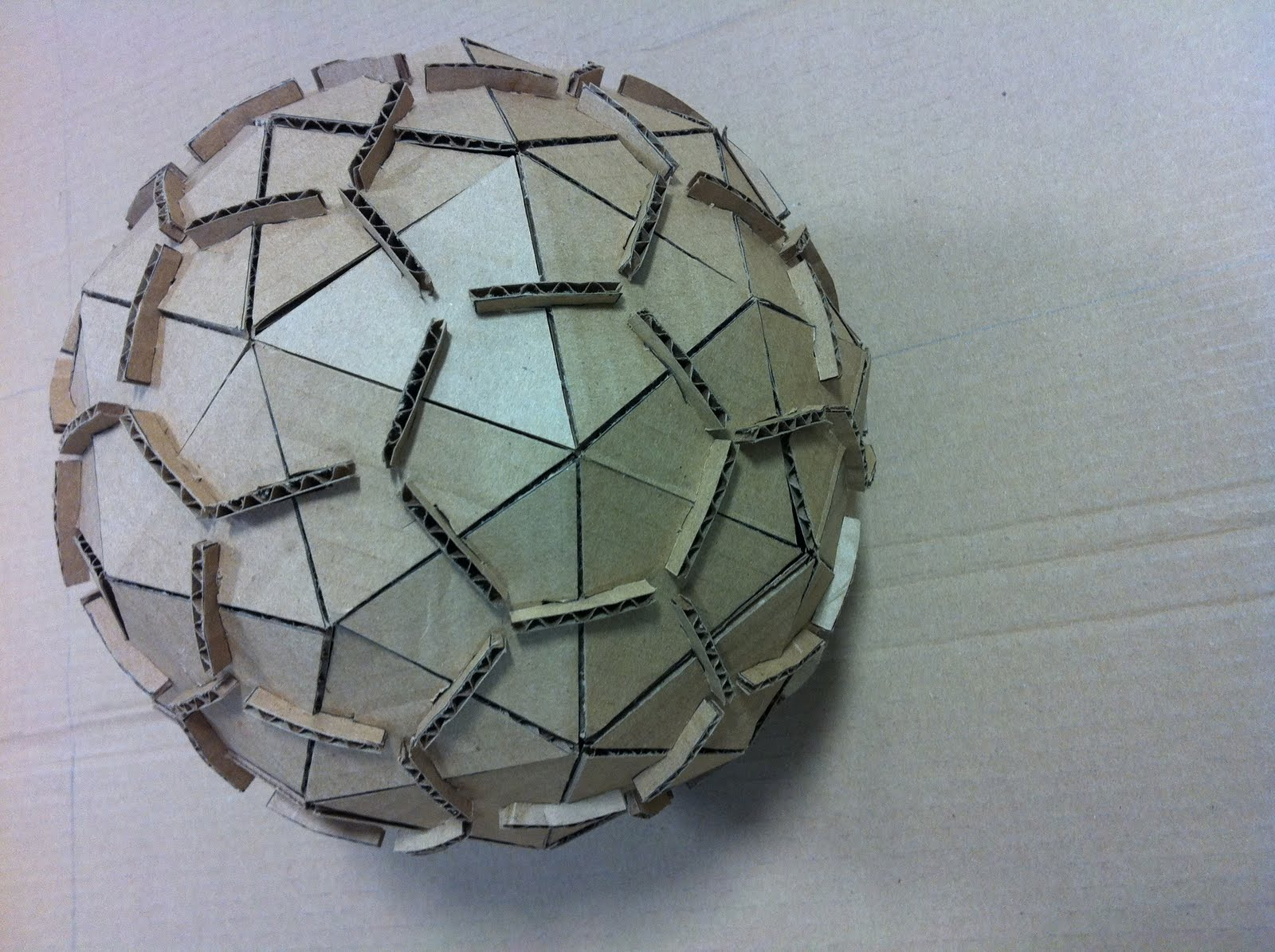 how to create a sphere out of cardboard