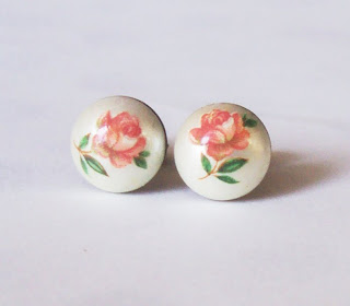 rochelle vintage dome rose ring two cheeky monkeys on madeit