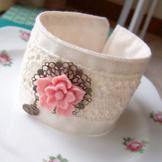 fiore fabric cuff sakura cabochon flower vintage crochet lace cambric shabby chic