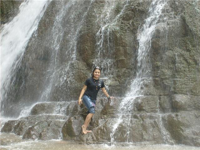 Caida de Agua de Bayoz - La Merced