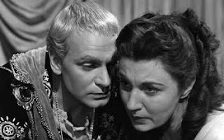 hamlet face to face with death When the ghost of hamlet's father appears to reveal that he was murdered by his brother, and asks his son to avenge his death by killing claudius, hamlet comes face-to-face with his own doubts and fears.