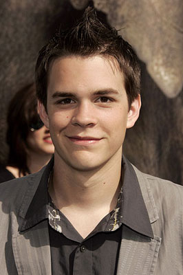 johnny simmons dating emma watson