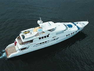 Motor yacht Aghassi - Charter the Bahamas with ParadiseConnections.com