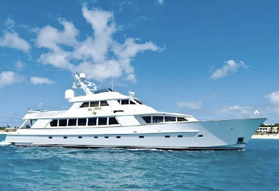 El Jefe available for July 2009 yacht charters in BVIs - Contact ParadiseConnections.com