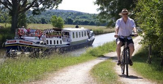Discover Burgundy aboard the French Hotel Barge LA BELLE EPOQUE. Contact ParadiseConnections.com
