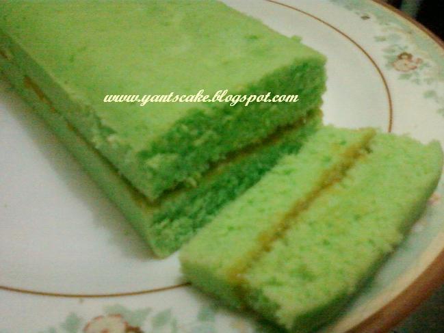 Rainbow Roll Cake (Bolu gulung pelangi)