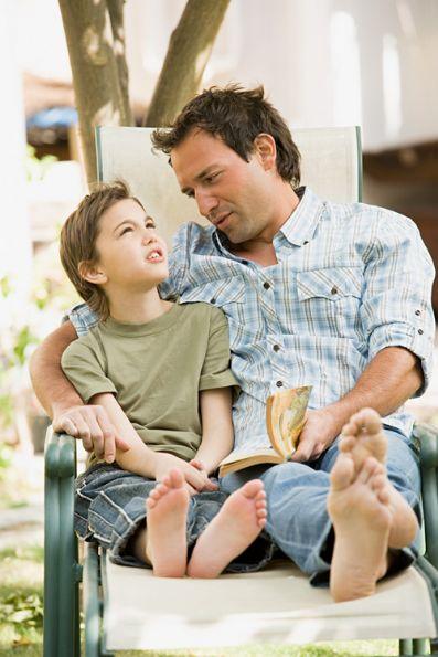 http://4.bp.blogspot.com/_tqK9UvJpH7I/S7y26rKnB_I/AAAAAAAACGo/yR5FAkTmYPg/s1600/dialogar-padre-e-hijos.jpg