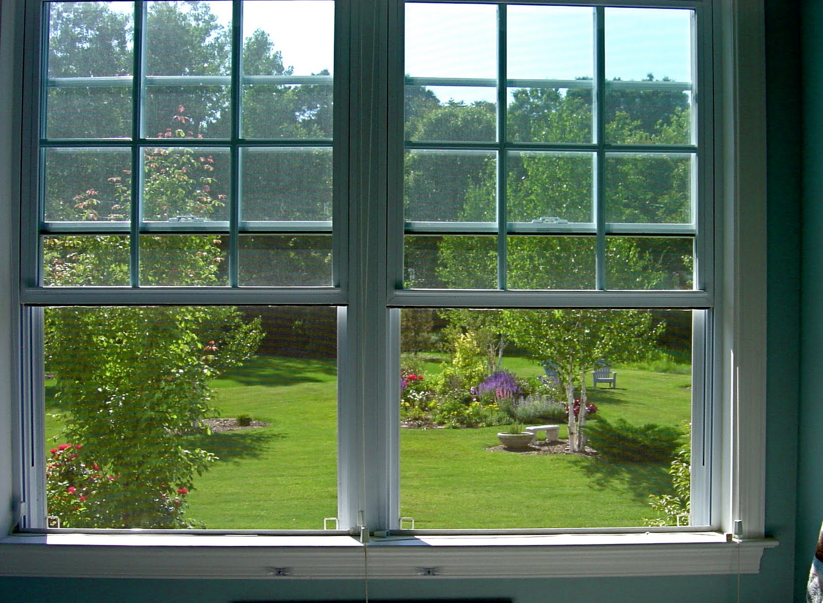 Window view of garden the image kid has it for Garden window