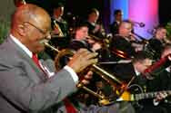 Grooving: US-musician Clark Terry mit Military-Band
