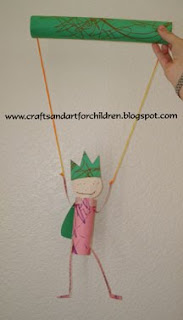 homemade puppet using cardboard tubes, kids craft using toilet paper tubes and paper towel tubes