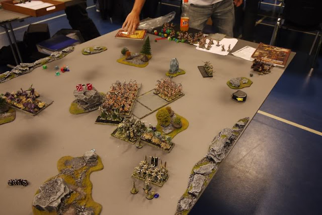 Dark Elves vs Warriors of Chaos battle report