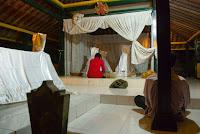 Makam Wot Galeh Berbah, Wisata Mistis