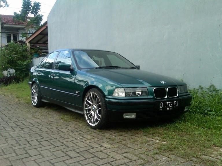 Mobil bekas: Pasang Iklan Mobil Bekas: Dijual Sedan BMW 320i