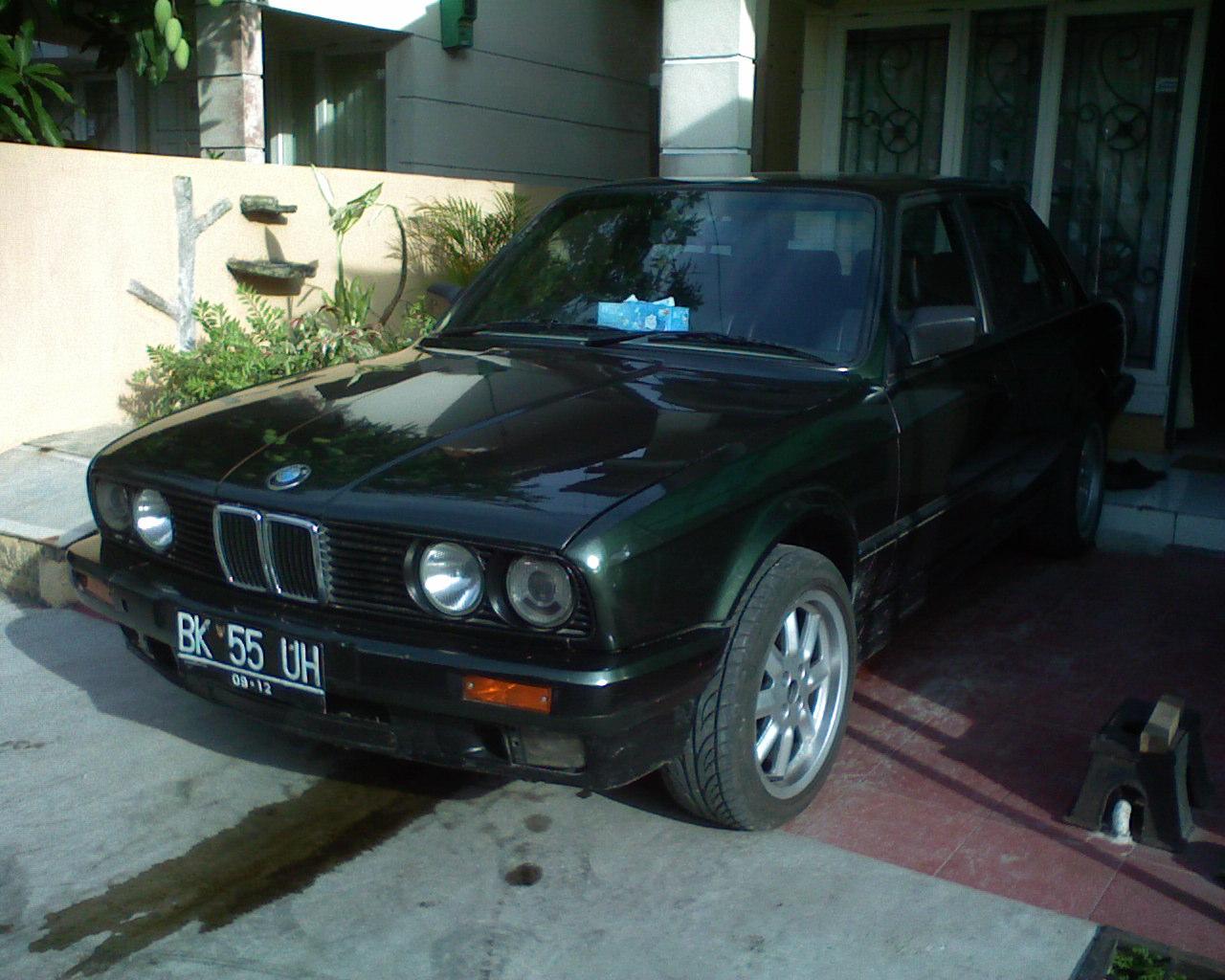 Pajak bmw 318 tahun 1990