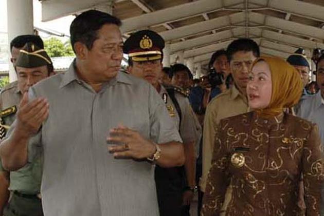 Dukungan Penuh Partai Demokrat & Presiden SBY pada Ratu Atut