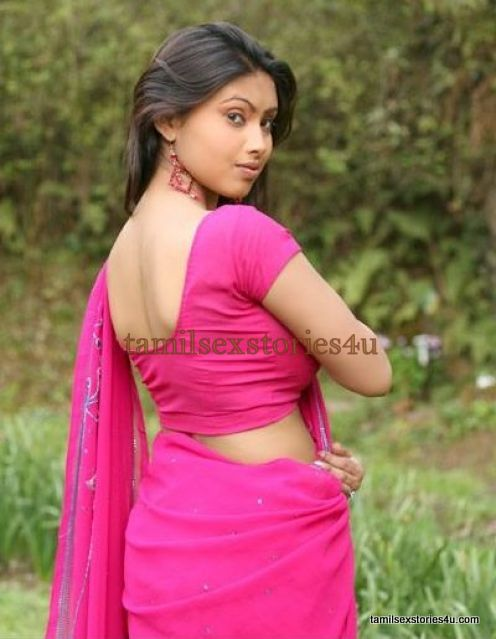 MALLU AUNTIES HOT BACK EXPO