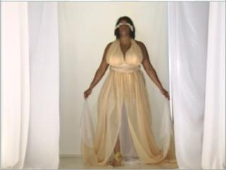 darra's-dress