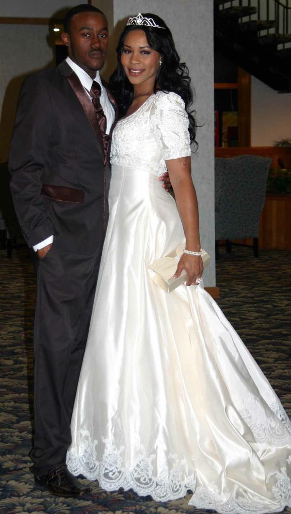 deelishis_wedding_dress_01