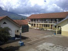 Pemandangan Sekolah