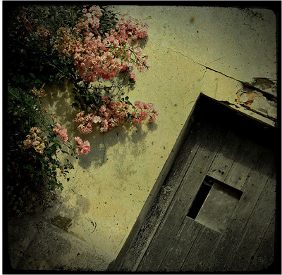 اطرق الباب بكلتا يديك..!