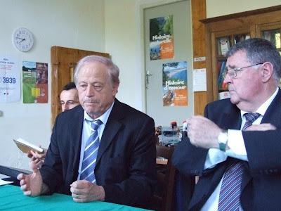 Pour un agrandissement cliquez sur la photo – La visite des sénateurs à Pomy