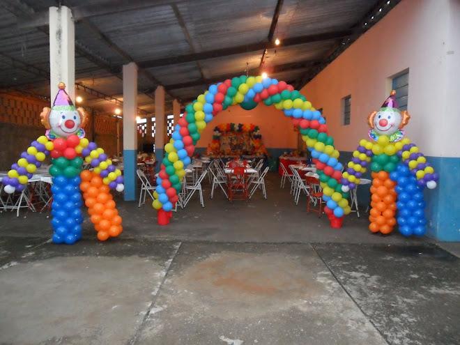 Esculturas tema do circo