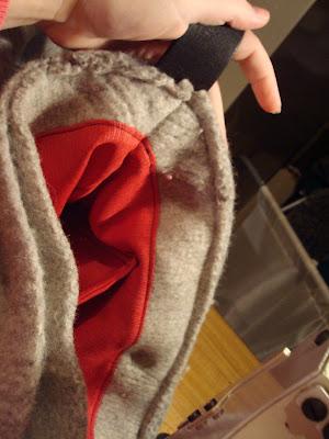 recycling ideas: handbag from old pullover