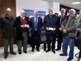el presidente de la APBA, Manuel Morón, Juan de Dios Regordán y José Ramírez del Comedor del Carmen, y José Cabello y Pedro Verdugo del Banco de Alimentos
