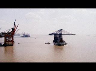 grúas de muelle (STS) para Total Terminal International Algeciras (TTIA)saliendo de Shanghai