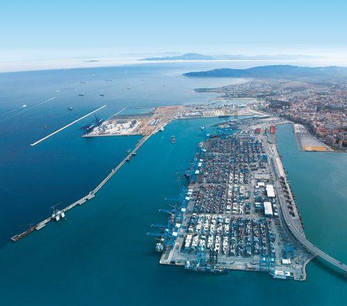http://4.bp.blogspot.com/_u0uJ_4rg4TU/TA0mD6qfjQI/AAAAAAAAPnU/X0mMDjn_9Uw/s1600/Puerto+de+Algeciras.+Enero+2010_1.jpg