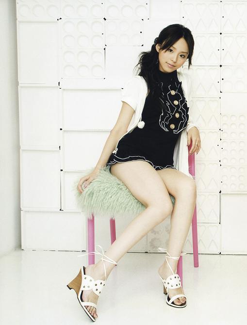 japan beautiful j pop singer aya hirano acroholic. Black Bedroom Furniture Sets. Home Design Ideas