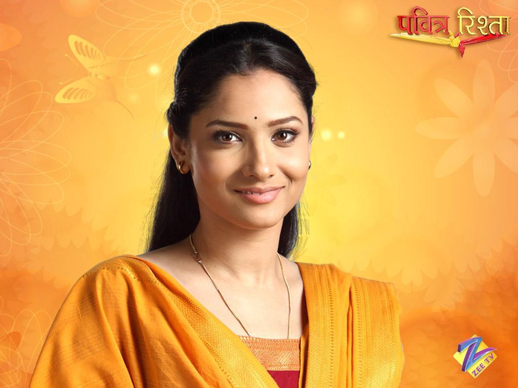 She made the debut with a romantic school drama Baali Umar Ko Salaam