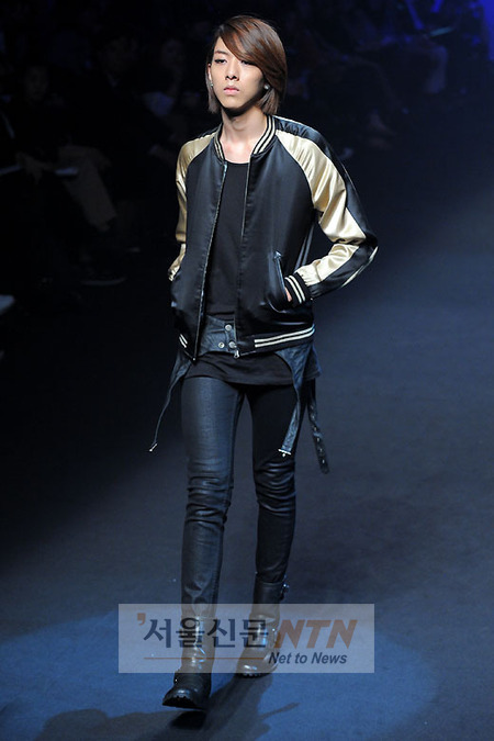 Lee Jeong Shin Seoul Fashion Week ! ♥ 2010102212877242862