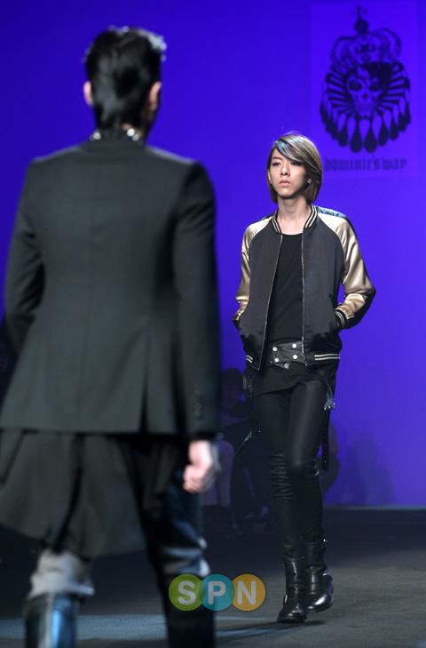 Lee Jeong Shin Seoul Fashion Week ! ♥ Pp10102200082