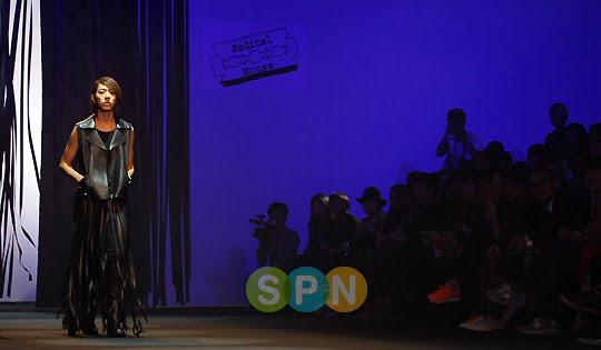 Lee Jeong Shin Seoul Fashion Week ! ♥ Pp10102200085