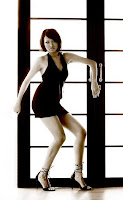 http://4.bp.blogspot.com/_u2E-MoGOjw0/SWriAAEPHJI/AAAAAAAAEHU/qIsvSIWkLkE/s200/model_corner_seksi_woman_13.jpg
