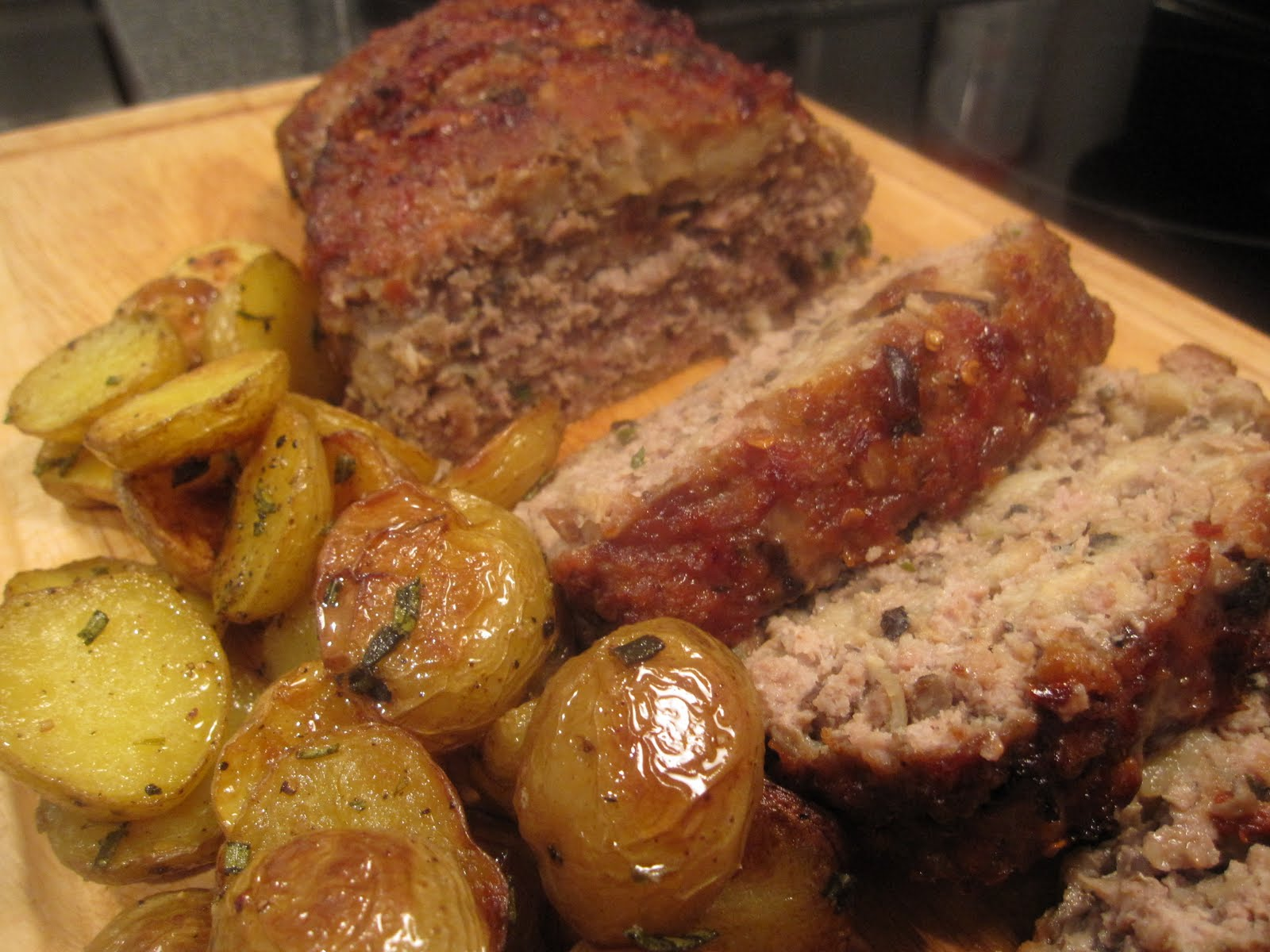 Tuscan Meatloaf With Mushroom Sauce Recipe Dishmaps